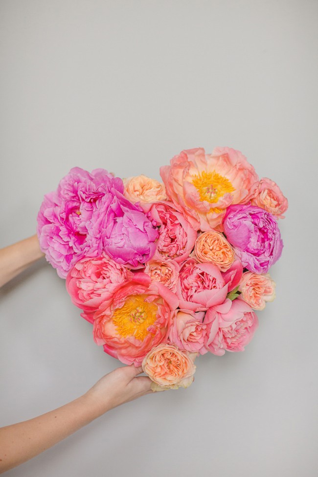 DIY flower heart tutorial. A Bridal Musings & Marianne Taylor Photography collaboration.