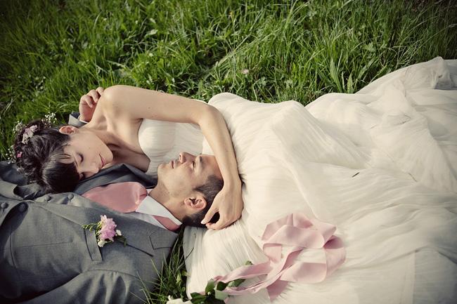 creative London wedding photographer