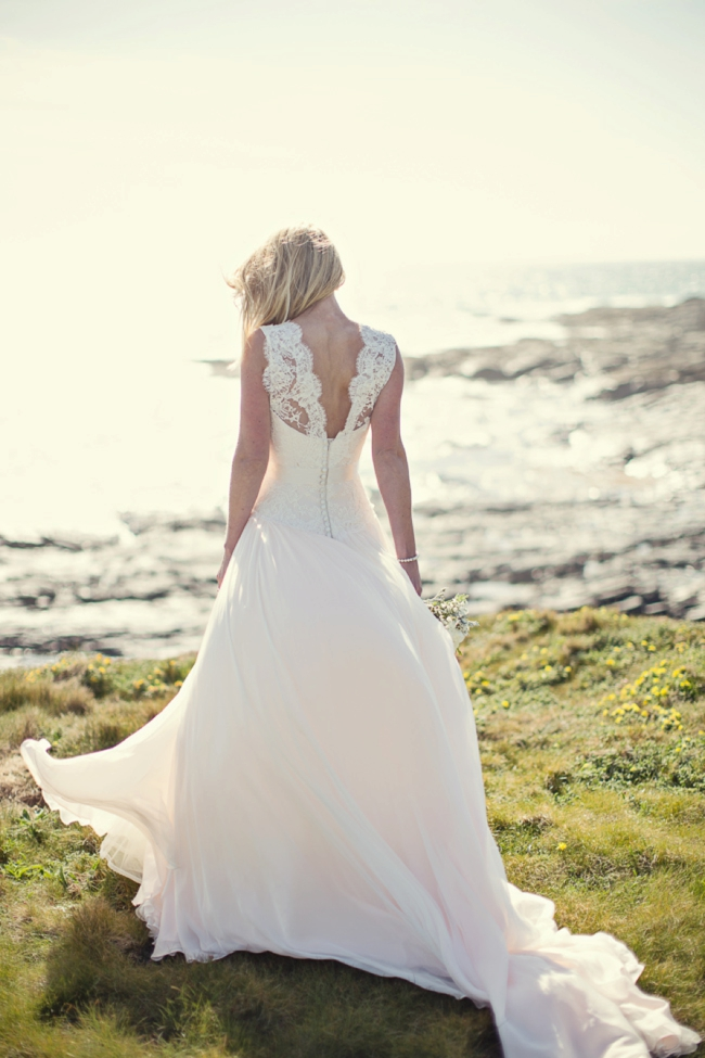 Wedding-In-Cornwall-on-clifftop-beach-0002
