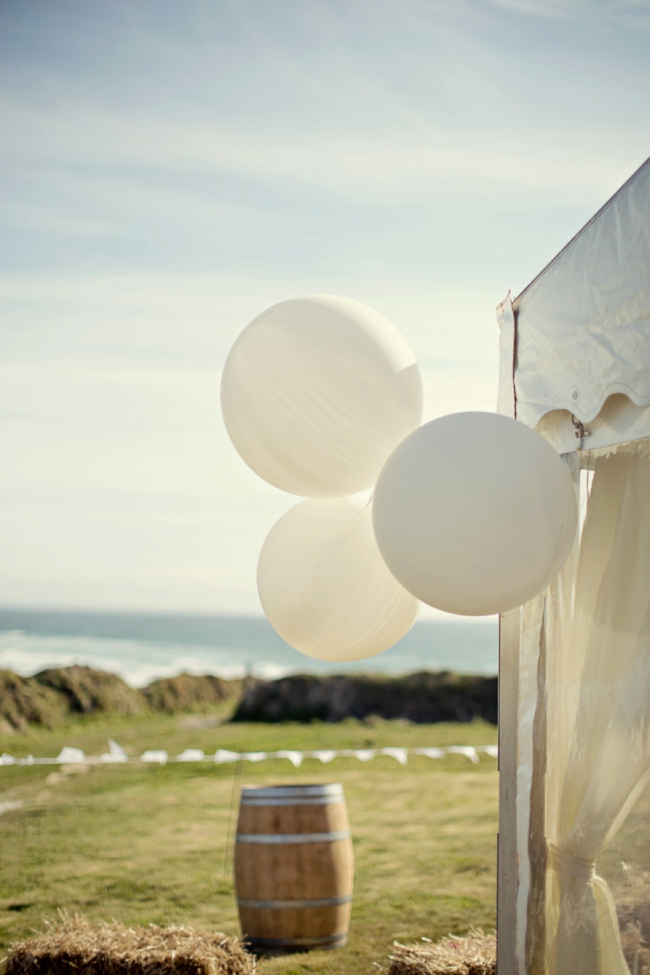 Wedding-In-Cornwall-on-clifftop-beach-0009