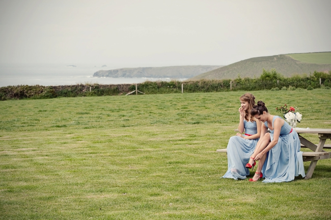Wedding-In-Cornwall-on-clifftop-beach-0017