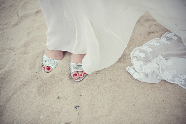 Wedding-In-Cornwall-on-clifftop-beach-0028