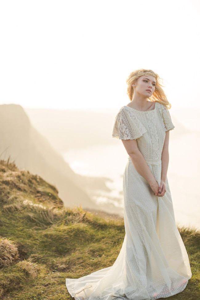 The Magic of Cornwall - An inspiration shoot by the sea by Marianne Taylor. Click through to see more!
