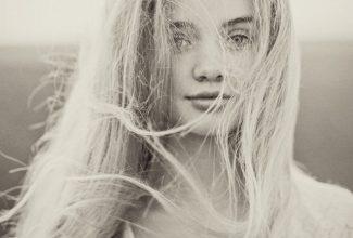 The Siren of the Sea : Elli
