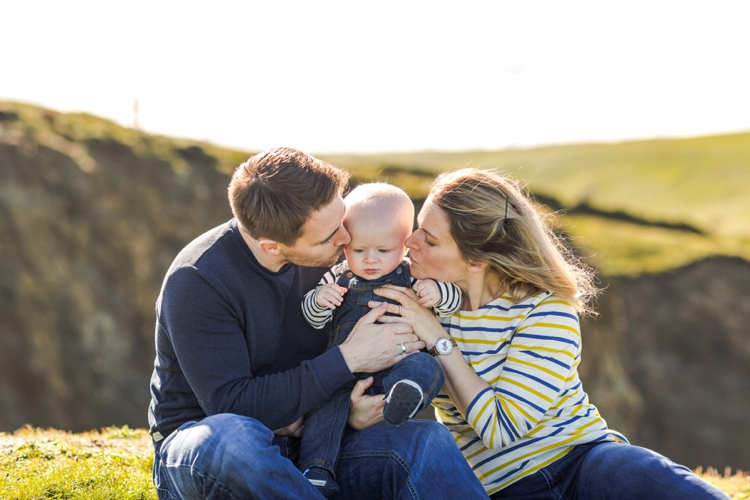 Family photography in Cornwall by Marianne Taylor.